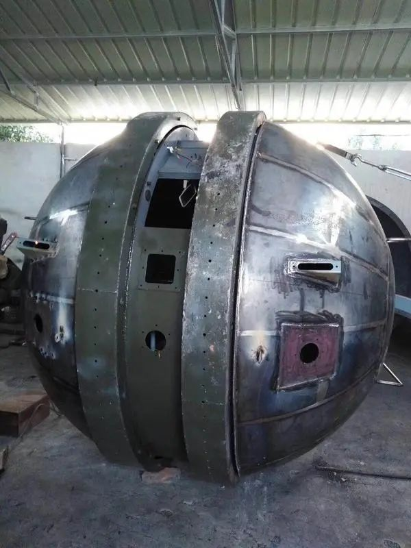 """中国公司造出""""球形坦克""""!造型奇葩还能跑,曾是苏联传奇武器~"""
